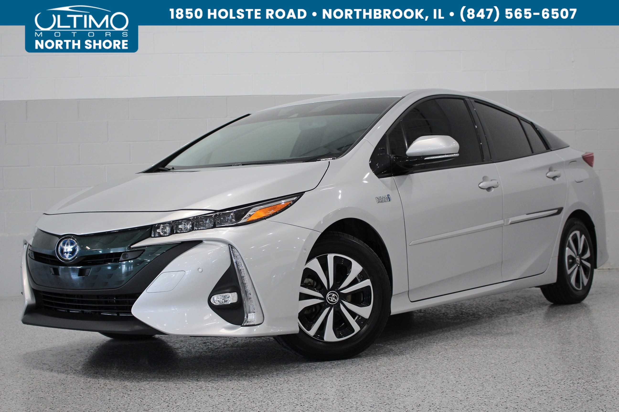 Pre Owned 2017 Toyota Prius Prime Advanced Navigation Rear Camera